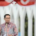 Gubernur Jawa Barat, Ridwan Kamil menyebut lulusan SMK harus mulai meninggalkan hal-hal dan kebiasaan yang sudah tidak relevan dengan dunia kerja. Dok: Instagram @ataliapr.
