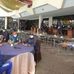 Gubernur Jabar Ridwan Kamil pun meninjau langsung proses pemulihan Kontingen PON Jabar di Hotel Horison, Kota Bandung, Selasa (19/10/2021). Dok: jabarprov.go.id.